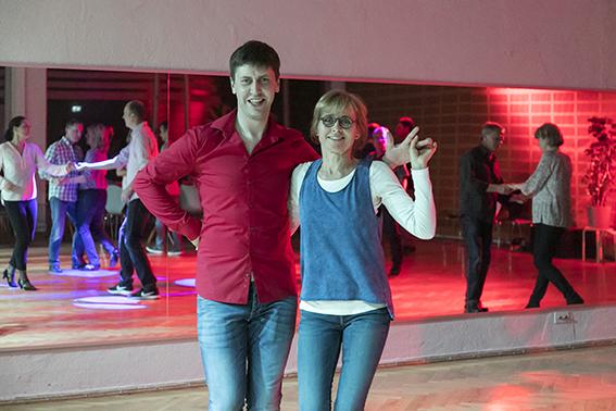 WCS - Lasst uns zusammen tanzen.