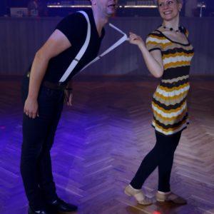 RocknRoll Tanzpaar im Swing Outfit